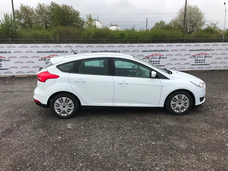 FORD FOCUS FACELIFT 1.6 TDCI Foto 3