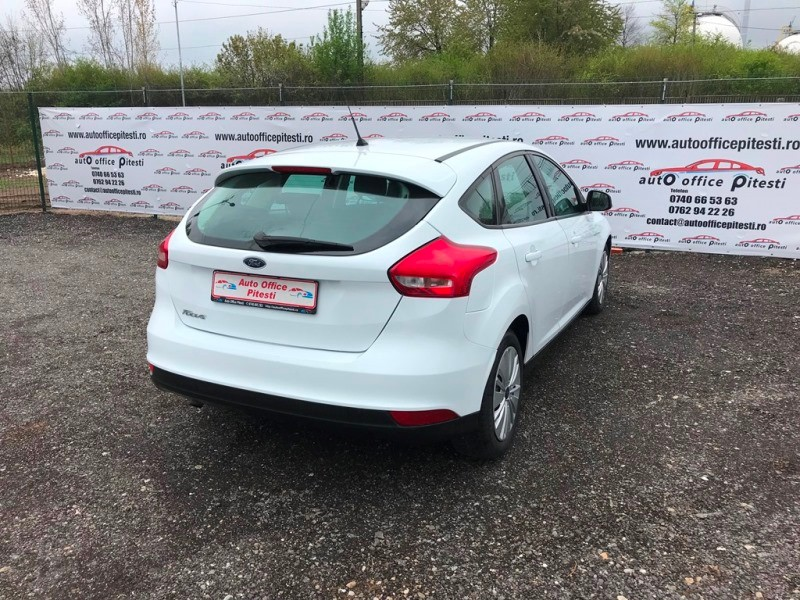 FORD FOCUS FACELIFT 1.6 TDCI Foto 4
