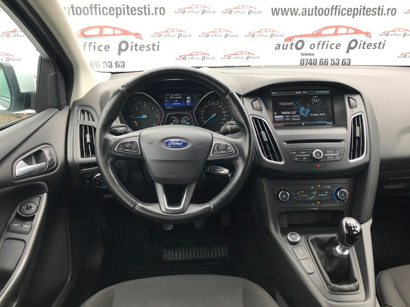 FORD FOCUS FACELIFT 1.6 TDCI Foto 8