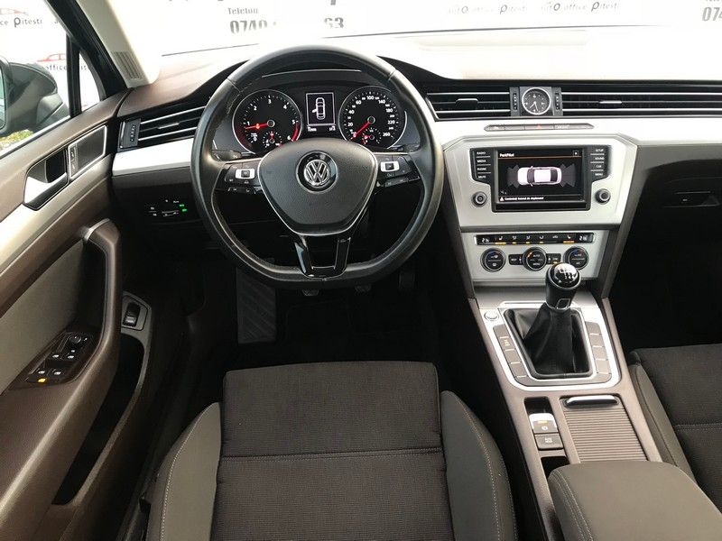 VW PASSAT 2.0 TDI 150 CP FULL LED Foto 9