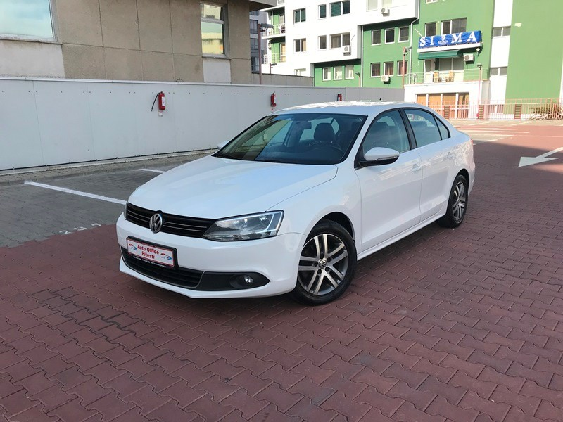 VW JETTA 1.6 TDI HIGHLINE