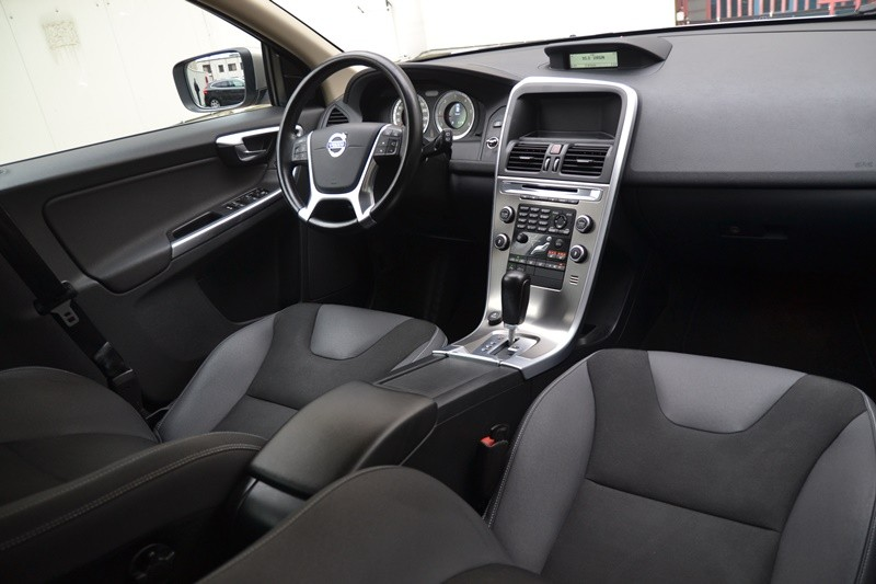 Volvo XC60 2.4 D AUTOMAT,4*4 Foto 11