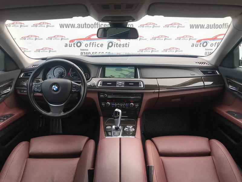 BMW 740 LONG 313 CP FULL LED Foto 9