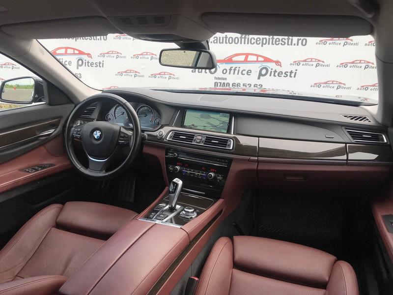 BMW 740 LONG 313 CP FULL LED Foto 11