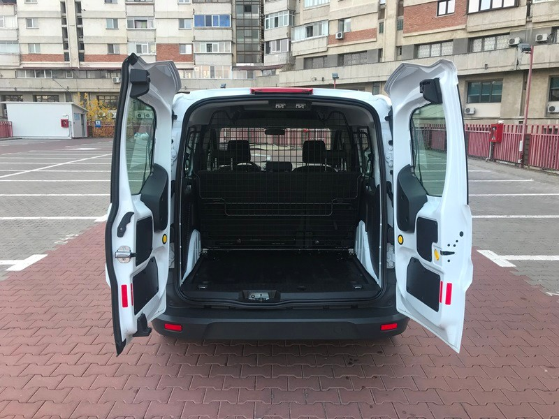 Ford Transit Connect Marfa + Persoane Foto 5