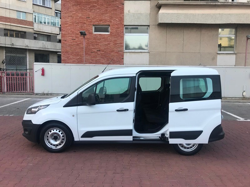 Ford Transit Connect Marfa + Persoane Foto 7