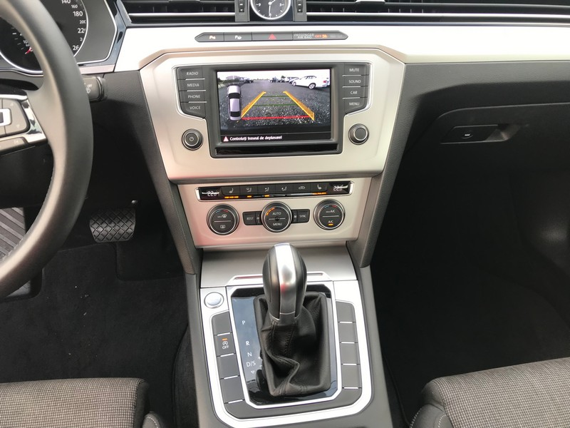 VW PASSAT 2.0 TDI 150 CP EURO 6 BERLINA Foto 10