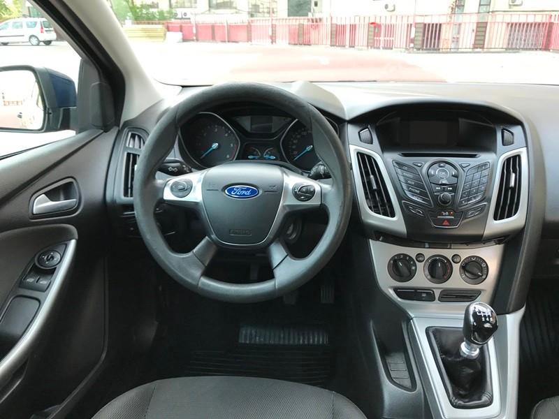Ford Focus 2013 Foto 9
