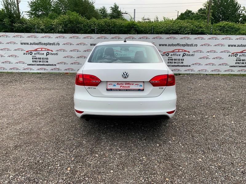 VW JETTA 1.6 TDI 105 CP EURO 5 Foto 5