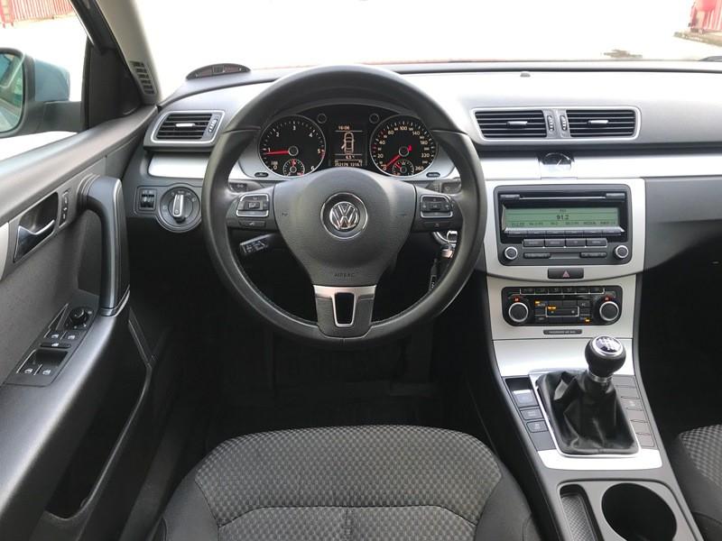 VW PASSAT 2.0 TDI 2011 PROPRIETAR Foto 8