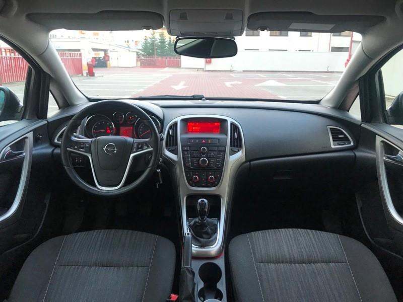 Opel Astra J Unic Proprietar 1.4 Benzina Foto 7