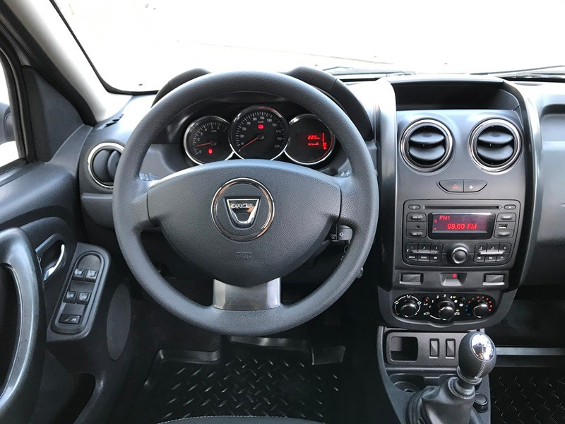 Dacia Duster 4*2 Facelift Foto 10