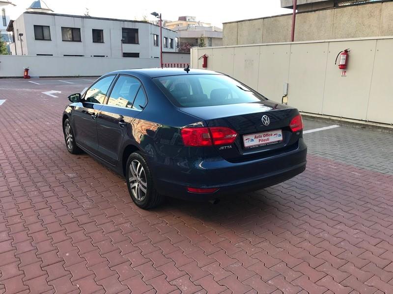 VW JETTA 1.6 TDI HIGHLINE Foto 5