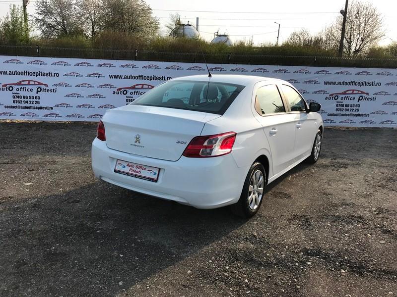Peugeot 301 1.6 HDI Foto 4