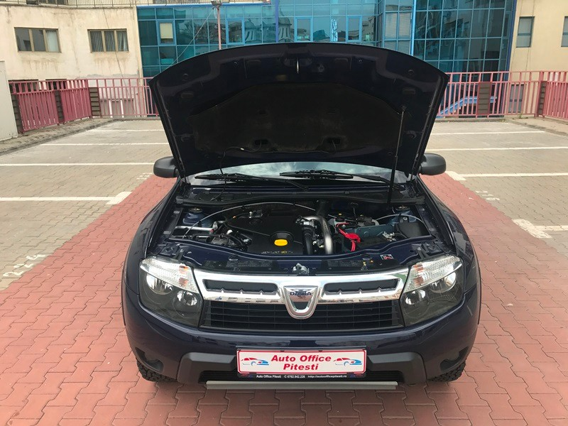 Dacia Duster Van 2 Locuri + Marfa Foto 15