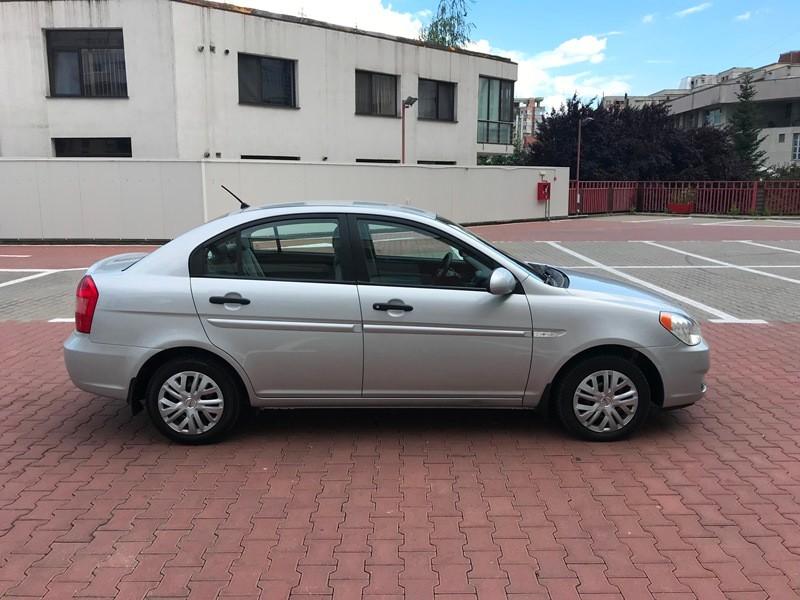 Hyundai Accent 1.5 CRDI Foto 3