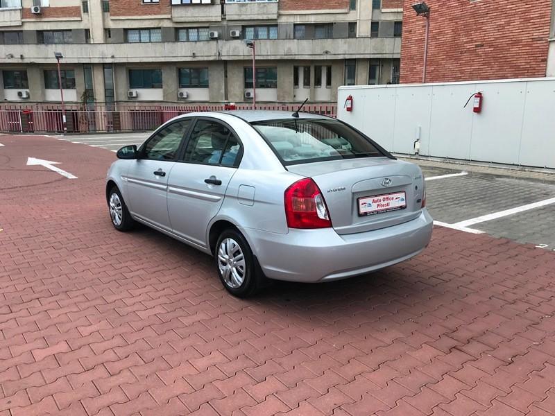 Hyundai Accent 1.5 CRDI Foto 5