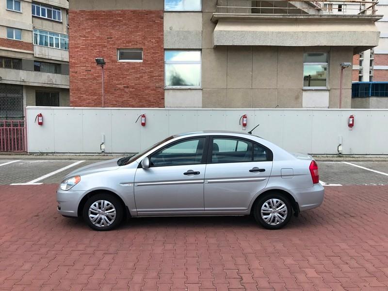 Hyundai Accent 1.5 CRDI Foto 6
