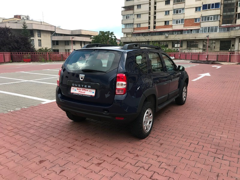 Dacia Duster 4*4 1.5 DCI 110 CP FACELIFT Foto 4