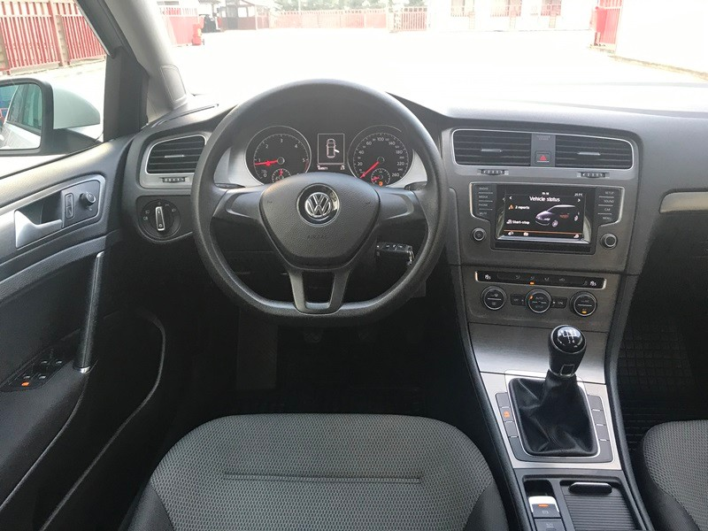 VW GOLF 7 1.6 TDI 105 CP BI-XENON Foto 9