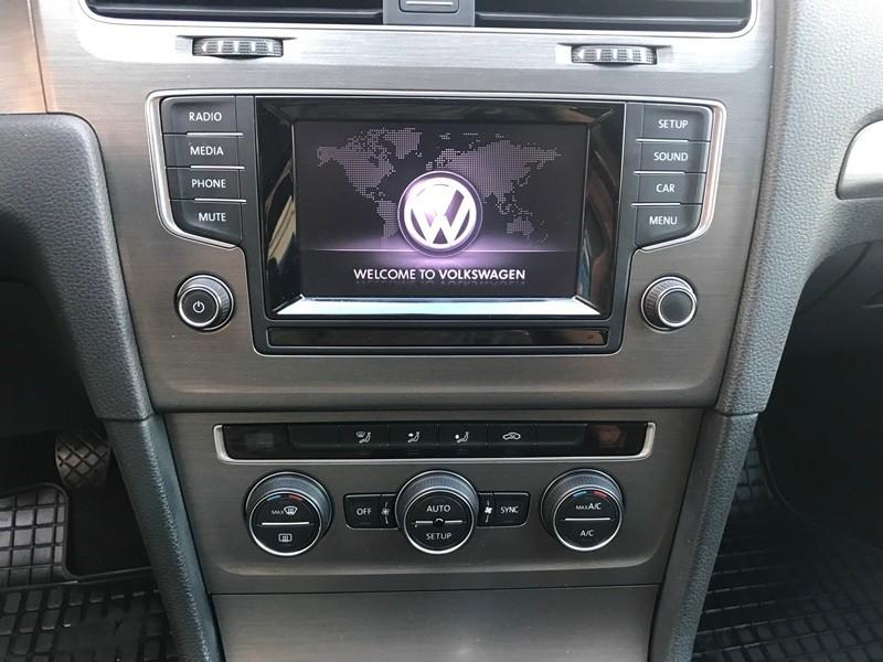 VW GOLF 7 1.6 TDI 105 CP BI-XENON Foto 10