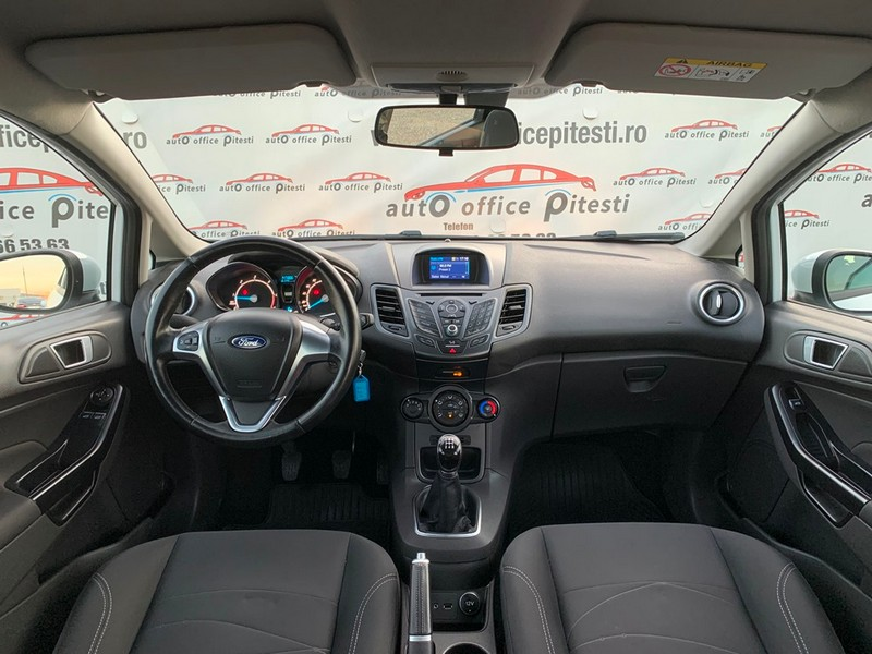 Ford Fiesta 1.5 TDCI EURO 6 Foto 8