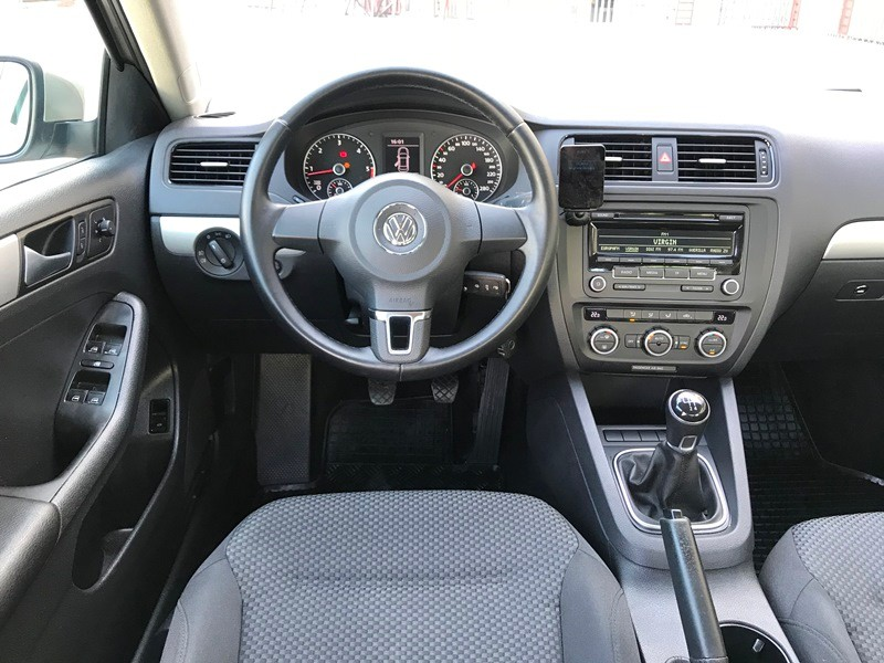 VW JETTA 2014 IMPECABILA Foto 8