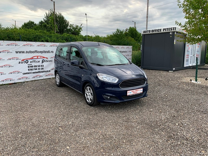Ford Courier Euro 6 Foto 2