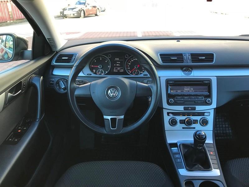 VW PASSAT 1.6 TDI IMPECABIL Foto 8