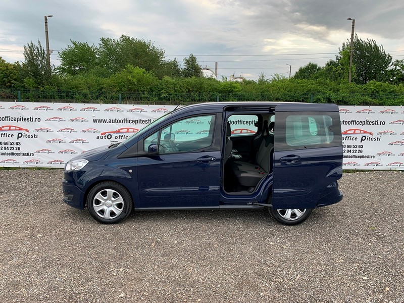Ford Courier Euro 6 Foto 7