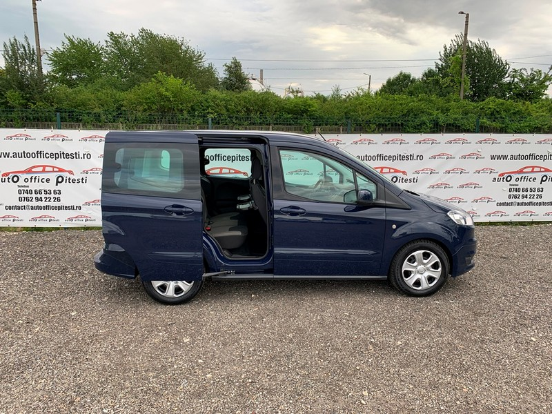 Ford Courier Euro 6 Foto 3