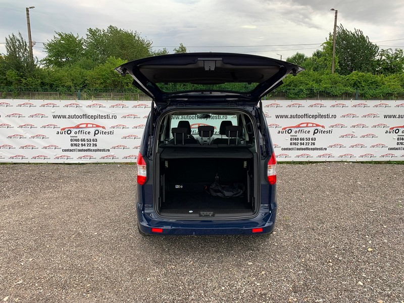 Ford Courier Euro 6 Foto 5