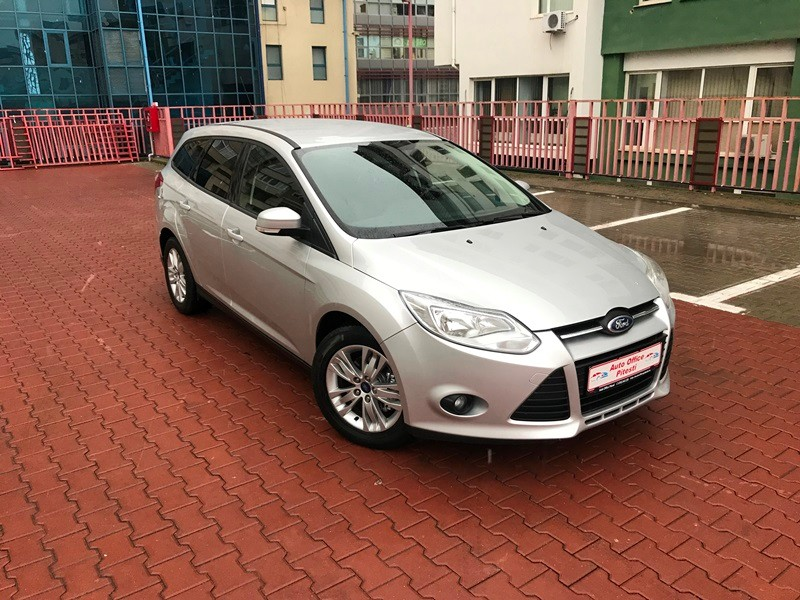 FORD FOCUS BREAK 1.6 TDCI Foto 2