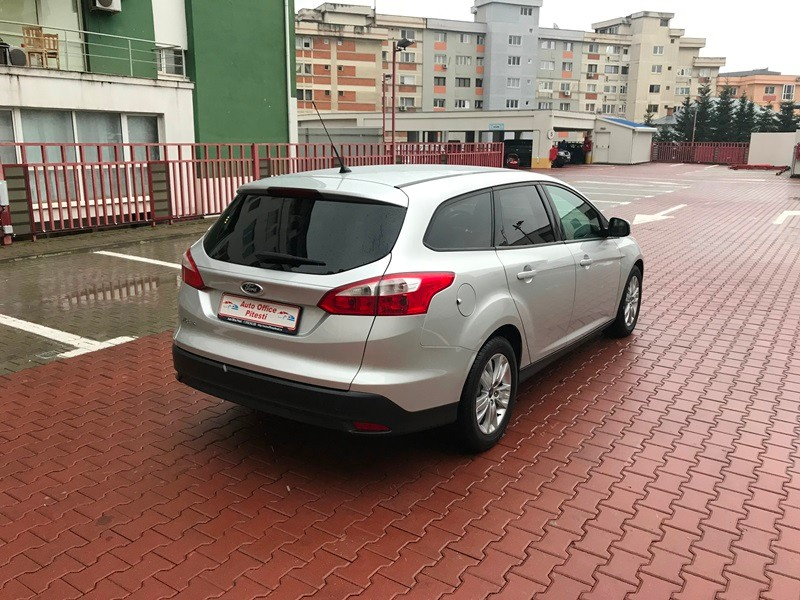 FORD FOCUS BREAK 1.6 TDCI Foto 4