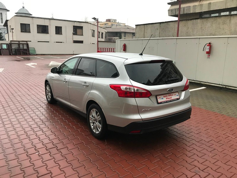 FORD FOCUS BREAK 1.6 TDCI Foto 6