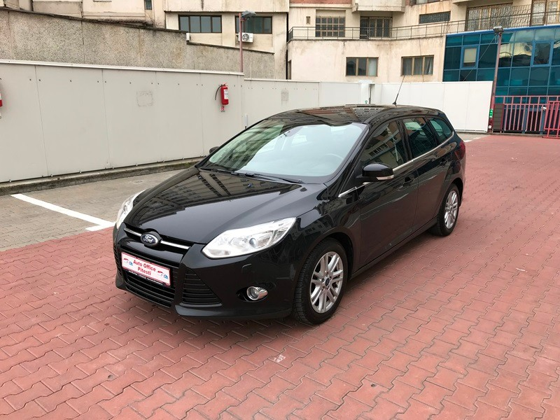 FORD FOCUS BREAK TITANIUM 1.6 TDCI 115 CP Foto 2
