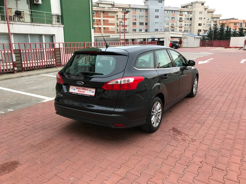 FORD FOCUS BREAK TITANIUM 1.6 TDCI 115 CP Foto 5