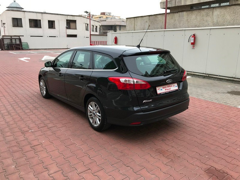 FORD FOCUS BREAK TITANIUM 1.6 TDCI 115 CP Foto 6