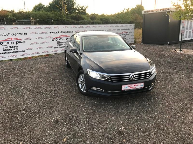 VW PASSAT 2.0 TDI 150 CP FULL LED Foto 2