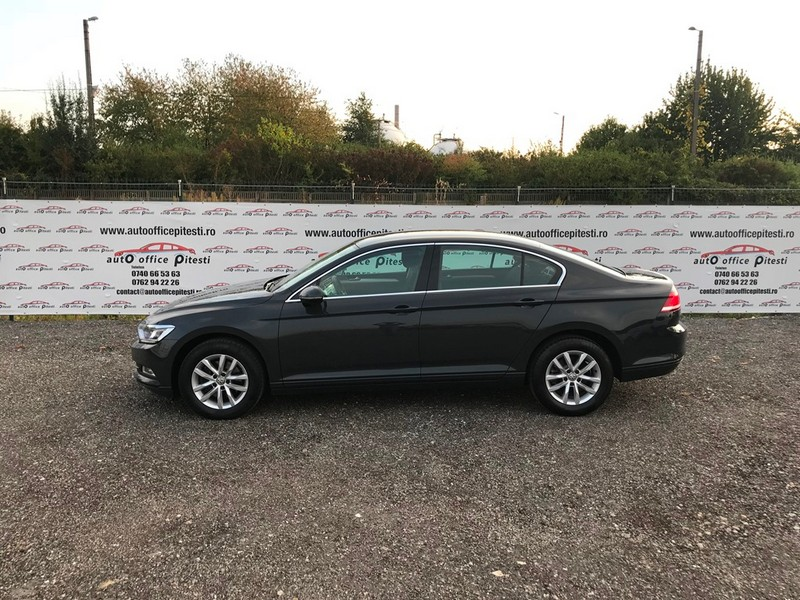 VW PASSAT 2.0 TDI 150 CP FULL LED Foto 7