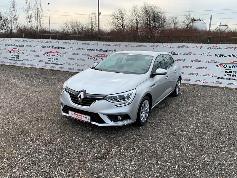 Renault Megane 1.5 DCI EURO 6 Foto 2