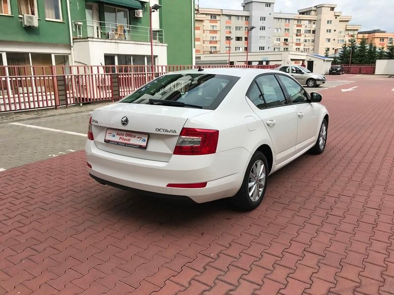 Skoda Octavia 2014 Modelul Nou Foto 4