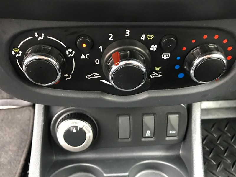 Dacia Duster 4*4 Facelift 2014 Foto 11