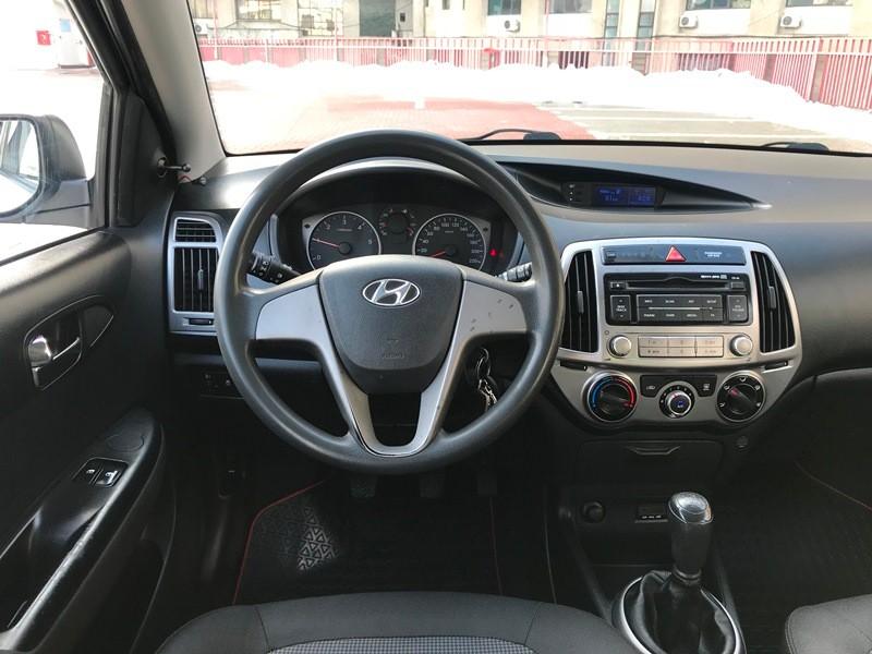 Hyundai I20 1.2 CRDI Foto 9