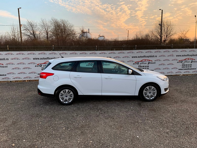 FORD FOCUS 1.0 ECOBOOST EURO 6 Foto 3