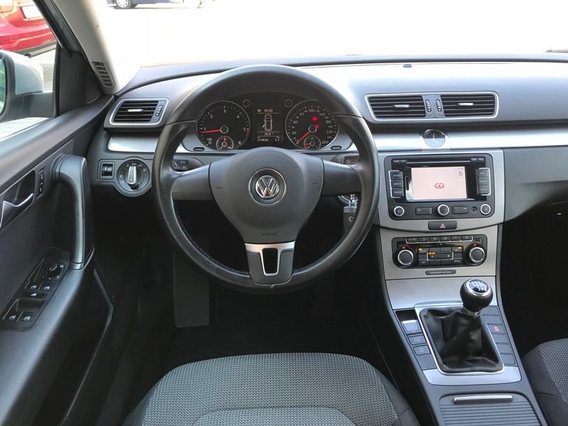 VW  PASSAT BREAK 2011 XENON,NAVI Foto 9